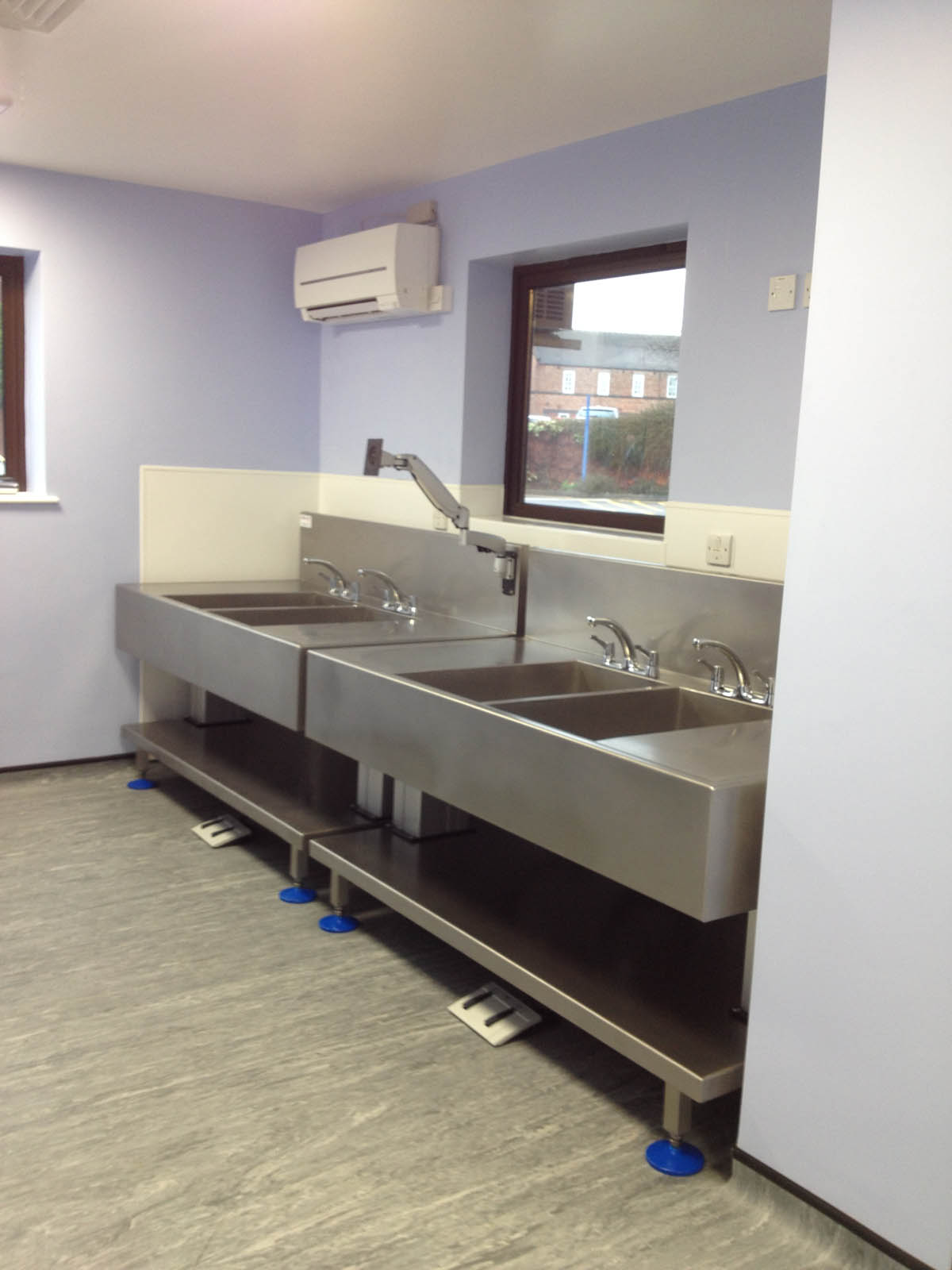 Endoscopy Room Design: Manual Decontamination Sinks For Endoscopy