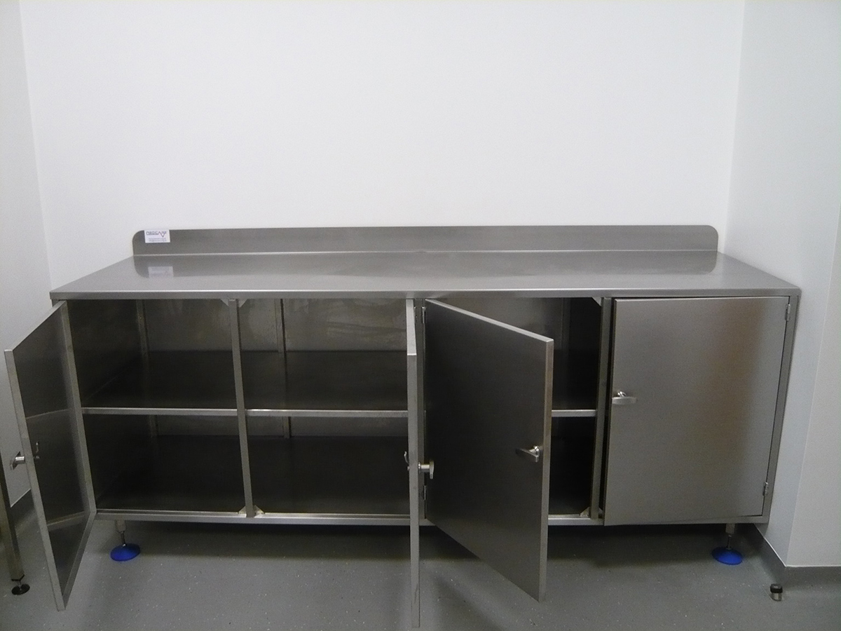 Custom Medical Storage, Shelving and Racking | Neocare