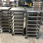 Scope transport safe for vacuum packed trays